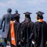В Госдуме предложили выдавать многодетным семьям сертификаты на образование