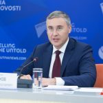 Глава Минобрнауки назвал ограничения для непривитых студентов недопустимыми
