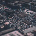 Правительство утвердило запрет на госзакупки импортных интегральных микросхем и ноутбуков