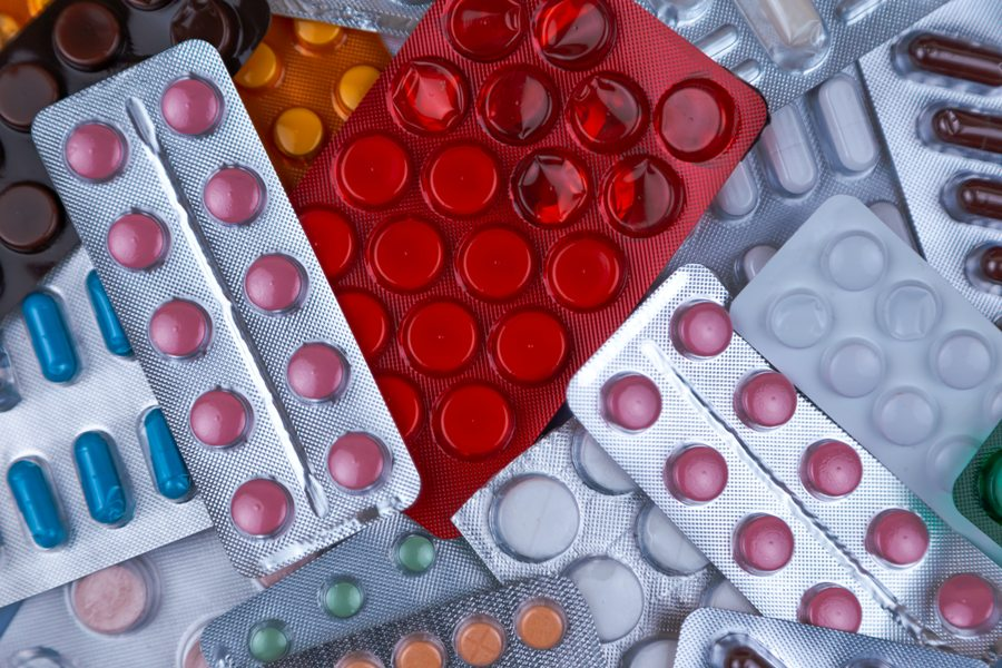 На бесплатные лекарства для больных с коронавирусом выделено свыше 5 млрд рублей